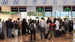 Hai phụ nữ Trung Quốc đổi sex để gia hạn visa ở Singapore
