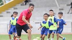Tin sáng (30.9): Công Vinh bận bịu với bóng đá học đường