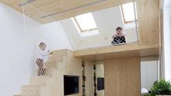 Nhà hơn 20 m² vẫn thoải mái cho 5 người ở nhờ thiết kế thông minh