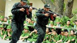"""Ảnh: Cảnh sát nhí """"đột nhập"""" doanh trại Tiểu đoàn cảnh sát đặc nhiệm"""