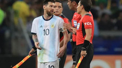 Argentina thua Brazil, Messi văng tục tố trọng tài thiên vị