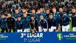 Messi từ chối nhận Huy chương Đồng, chỉ trích gay gắt trọng tài