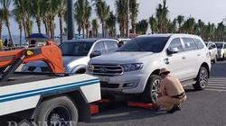 Quảng Ninh: Du khách chưa đặt chân xuống biển đã bị cẩu xe, thu bằng