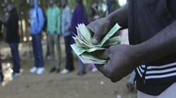 Khủng hoảng kinh tế, đất nước này không có tiền in hộ chiếu cho dân