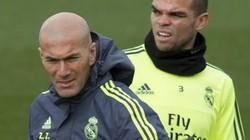 """Lộ diện 3 cầu thủ Real Madrid ghét HLV Zidane như """"xúc đất đổ đi"""""""
