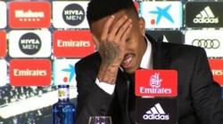 """""""Bom tấn"""" suýt ngất xỉu ngày ra mắt, Real Madrid bị chê """"ăn quả lừa"""""""