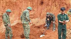Công binh rà từng mét đất, tháo gỡ 80 quả đạn cối dưới chân đèo Bảo Lộc
