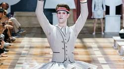 Show thời trang nam cực độc đáo: Đàn ông mặc váy ballet, đầm đèn lồng