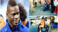 """""""Siêu quậy"""" Balotelli tung tiền thách người khác lao xe xuống biển"""