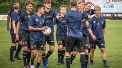 Công Phượng cười tươi như hoa mừng chiến thắng 4-2 của Sint-Truidense