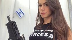 """""""Nữ hoàng súng ống"""" Israel yêu vũ khí hơn đàn ông"""