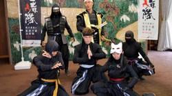 """Mãn nhãn với màn biểu diễn võ thuật điêu luyện của anh chàng """"ninja"""""""