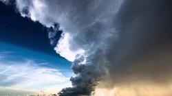 Xem quá trình hình thành một cơn bão qua video 40 giây