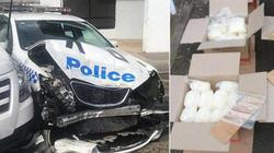 Xe Toyota chở 3 tạ ma túy đá giá 200 triệu USD bất ngờ húc loạt xe cảnh sát