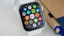 """Apple Watch sẽ có pin """"trâu"""" hơn, màn hình xịn hơn"""