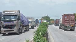 """Từ tai nạn thảm khốc 5 người chết: Vì sao xe container, xe tải chạy QL5, """"ngó lơ"""" cao tốc HN-HP?"""