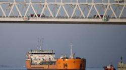 Nóng: Ukraine bắt giữ tàu chở dầu của Nga, vuốt râu hùm