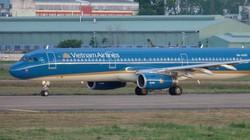 Máy bay hạ cánh khẩn cấp cứu nữ hành khách bị chảy máu ngực