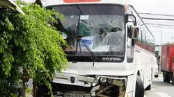 """Lại tai nạn xe khách 45 chỗ tông xe """"Limousine"""" chở 9 hành khách"""