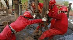 """Trung Quốc đào """"núi Everest"""" dưới lòng đất để hút giếng dầu sâu nhất châu Á"""
