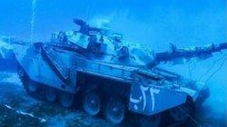 Sốc: Jordan đánh chìm xe tăng, xe bọc thép, trực thăng xuống biển Đỏ làm điều này