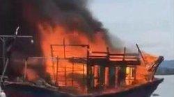 Cháy tàu cá khi đang neo đậu sửa chữa, thiệt hại cả tỉ đồng