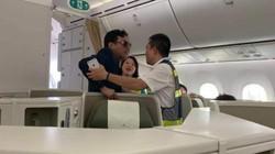 """Từ vụ cô gái tố bị """"đại gia"""" sàm sỡ: Khách bị mời xuống máy bay trong trường hợp nào?"""