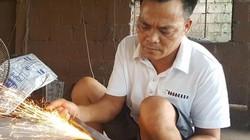 Ông chủ lò rèn Thái Bình tiết lộ bí quyết bán dao Việt sang Tây