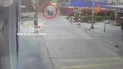 Giây phút kinh hoàng người đàn ông bị tàu hỏa tông tử vong