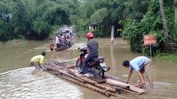 2 người chết, 13 người mất tích do mưa lũ, 14 hồ thủy điện xả tràn