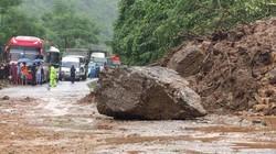 Bắc Kạn: Đá núi tiếp tục lở gây tê liệt cục bộ tuyến quốc lộ 3