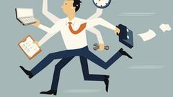 Phạt 100.000 đồng mỗi lần đi làm muộn 5 phút, có đúng luật không?