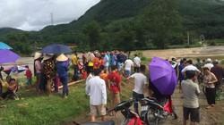 Phú Thọ: 4 người ra sông Bứa quăng chài, 1 người bị lũ cuốn trôi