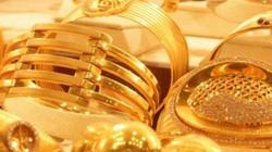 """Tiến sát 41 triệu đồng/lượng, giá vàng còn tiếp tục """"leo"""" cao?"""