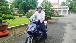 Bí thư, Chủ tịch Đồng Tháp chia sẻ lý do tự đi xe máy đến nơi làm việc