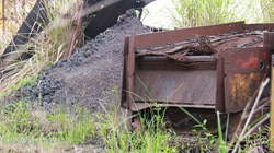 """Cận cảnh mỏ sắt nghi là """"thủ phạm"""" khiến nước Ngàn Trươi chuyển đỏ"""