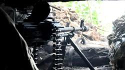 Chiến sự Donbass: Quân đội Ukraine bị tấn công 'thập diện mai phục'