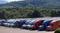 Vì sao hàng trăm xe thanh long tắc nghẽn ở cửa khẩu Lào Cai?