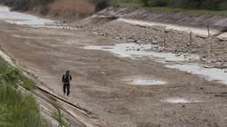 Ukraine cắt nguồn cung cấp nước ngọt cho crimea, chọc giận Putin