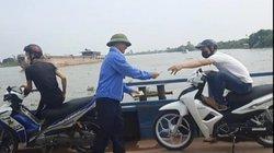 Clip: Nhân viên phà Quang Thanh thu tiền không xé vé