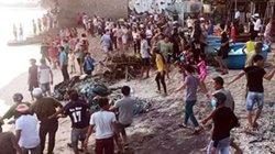 NÓNG: 4 du khách bị sóng cuốn mất tích khi tắm biển Phan Thiết