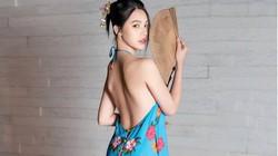 """Trung thu chưa tới, """"hoa hậu con nhà giàu"""" Jolie Nguyễn đã làm chị Hằng với yếm"""