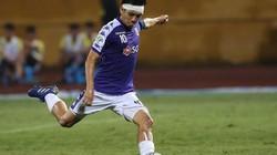 """Bị HLV Park Hang-seo """"bỏ rơi"""", Văn Quyết rực sáng ở AFC Cup"""
