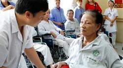 """Người khuyết tật """"nặng gánh"""" chi phí y tế"""