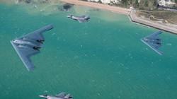 Tin quân sự: Máy bay F-35 và B-2 lần đầu sánh đôi trên bầu trời