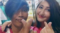 Quen nhau qua mạng, cô gái bay 13.000km để xin cưới chàng công nhân vệ sinh