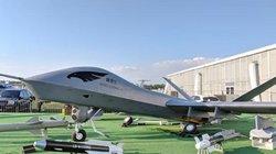 Máy bay vũ trang TQ từng bị bắn rơi, đem đến triển lãm Nga đụng nhẹ đã hỏng
