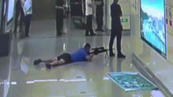 Video: Đặc nhiệm Trung Quốc bắn tỉa chết tại chỗ kẻ bắt cóc nấp sau con tin