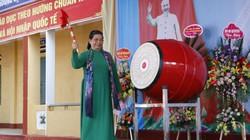 Phó Chủ tịch Thường trực Quốc hội Tòng Thị Phóng dự khai giảng ở Yên Bái