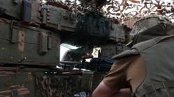 Tin quân sự: Xung đột Đông Ukraine nóng như chảo lửa